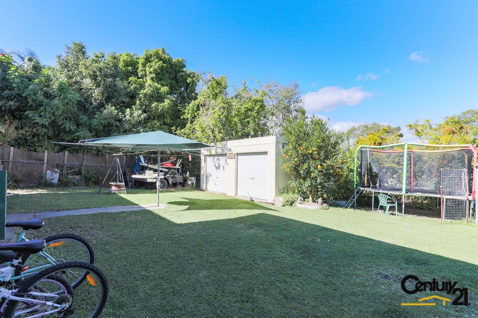 16 Ash Avenue, Woodridge QLD 4114, Image 2