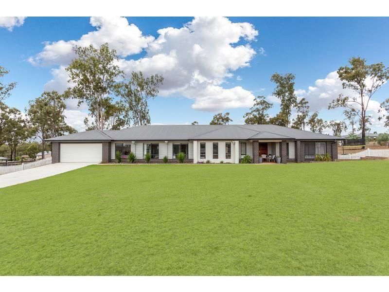 11 bellfield place , Kensington Grove QLD 4341, Image 0