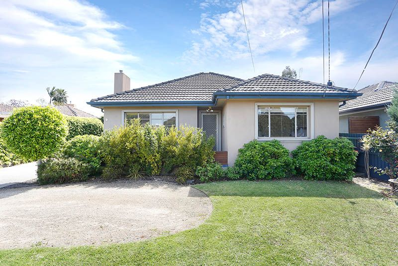 9 Nyah Street, Keilor East VIC 3033, Image 0