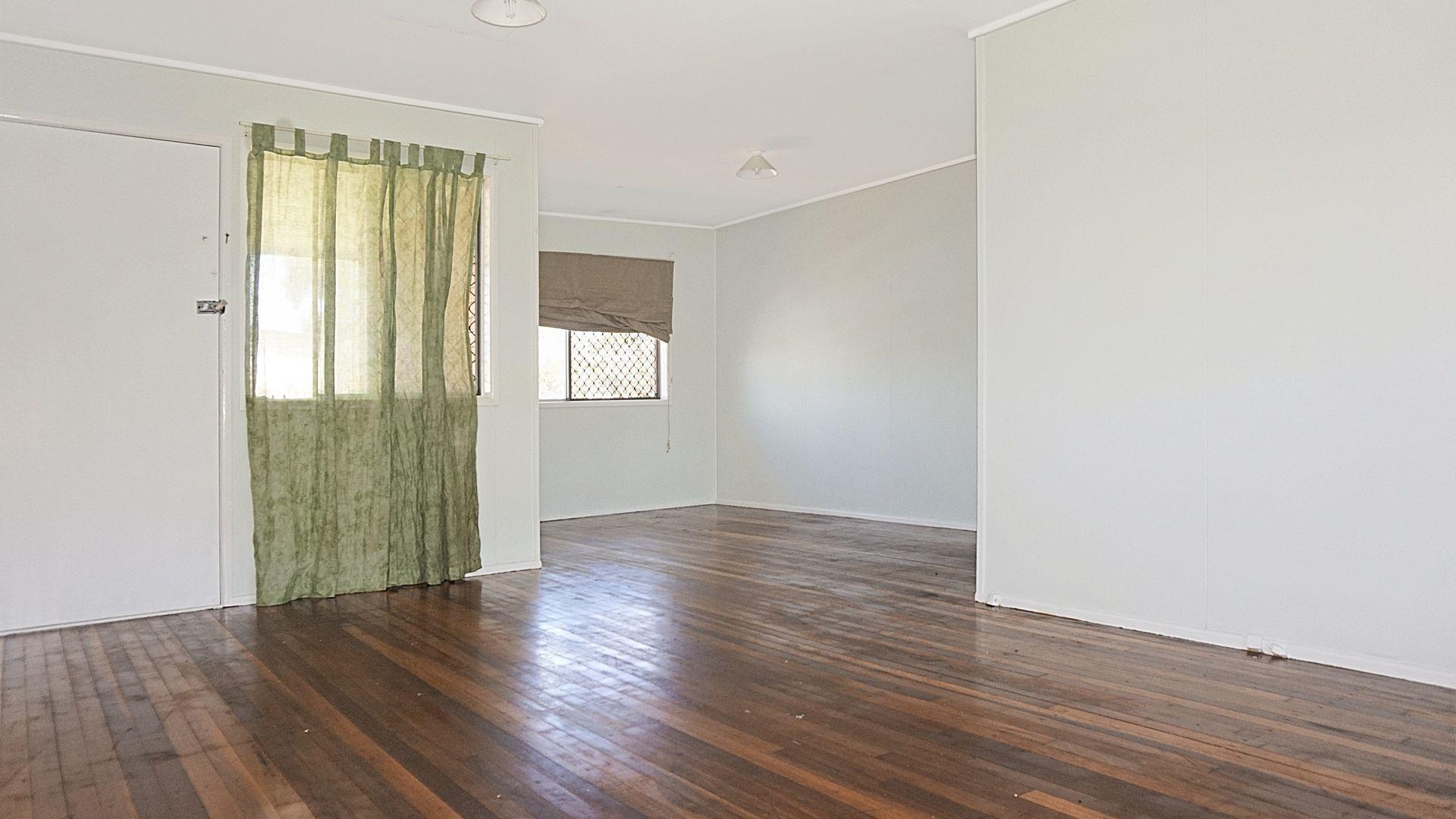 10 Anthony Street, Kingston QLD 4114, Image 2