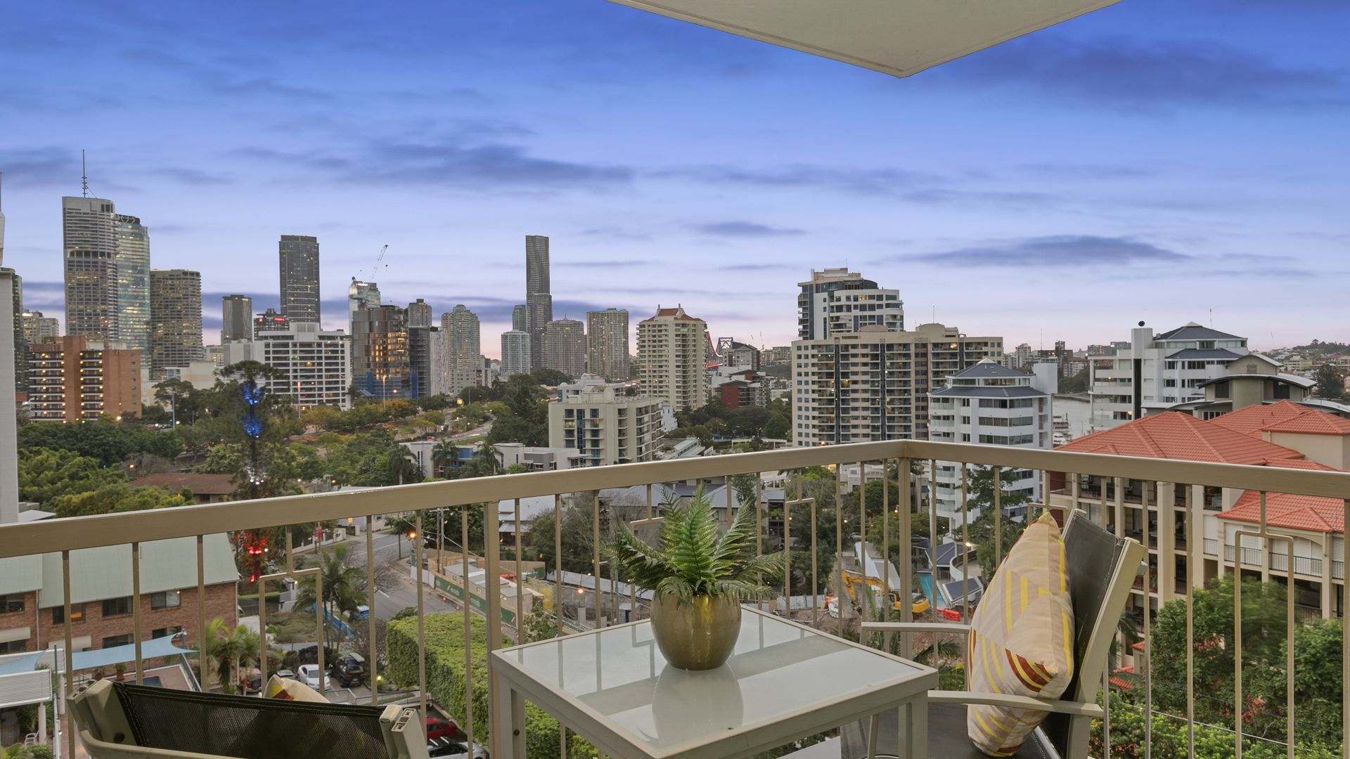 25/83 O'Connell Street, Kangaroo Point QLD 4169, Image 1