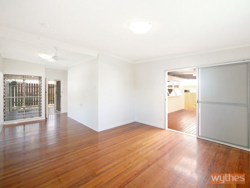 1/17 Garnet Street, Cooroy QLD 4563, Image 2