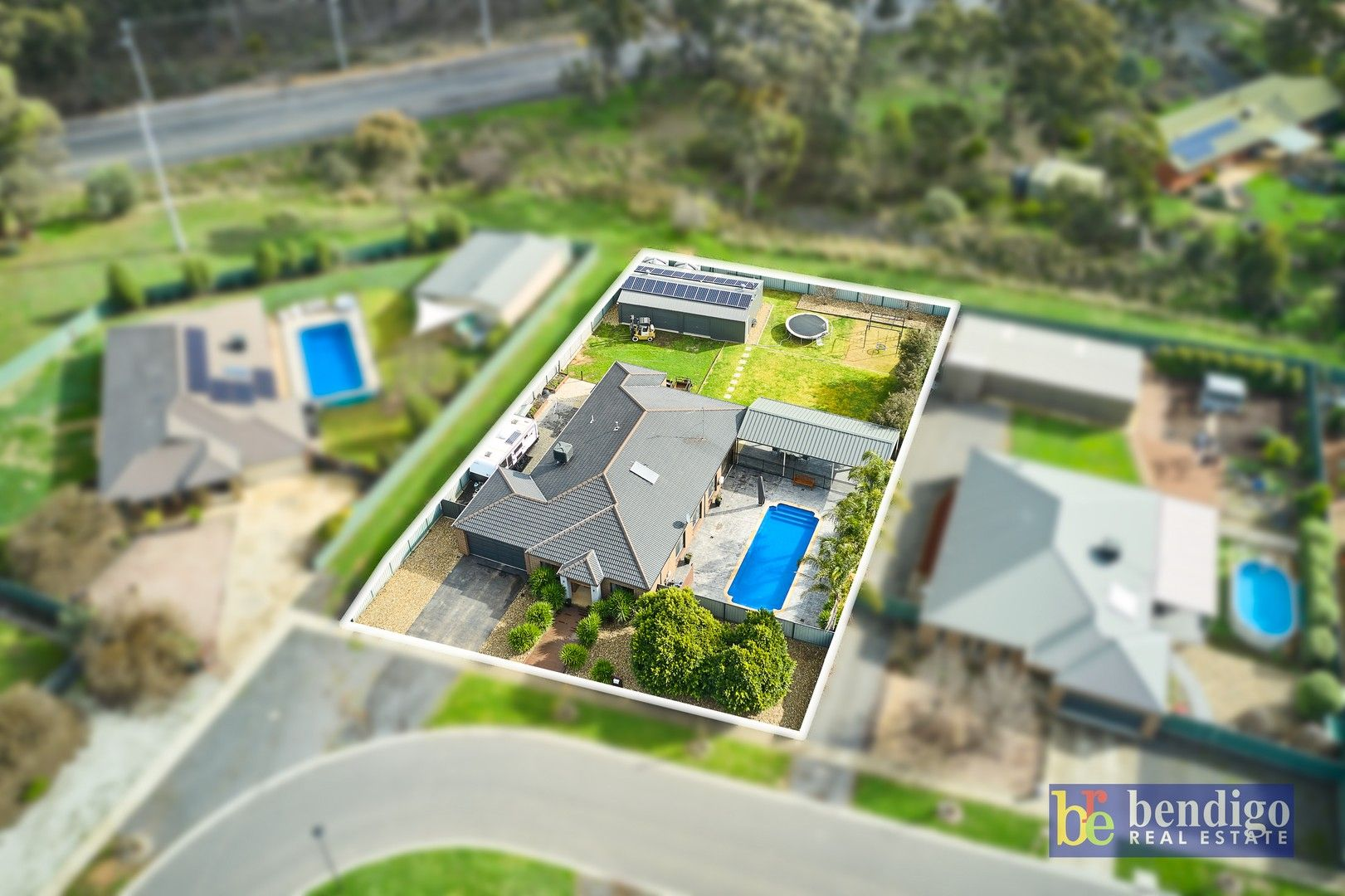 22 Lupson Court, Maiden Gully VIC 3551, Image 2