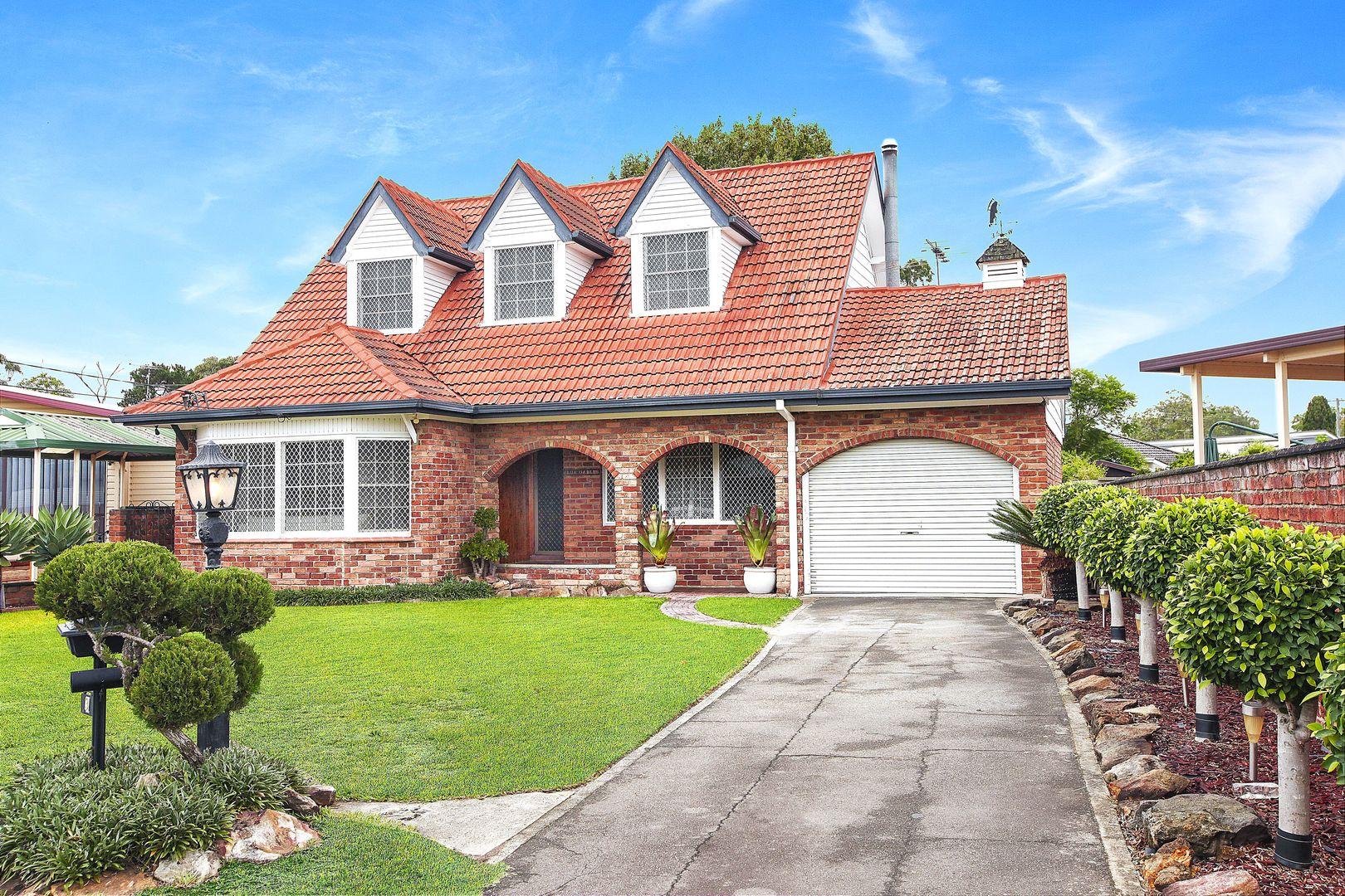 3 Robbins Street, Fairfield West NSW 2165, Image 1