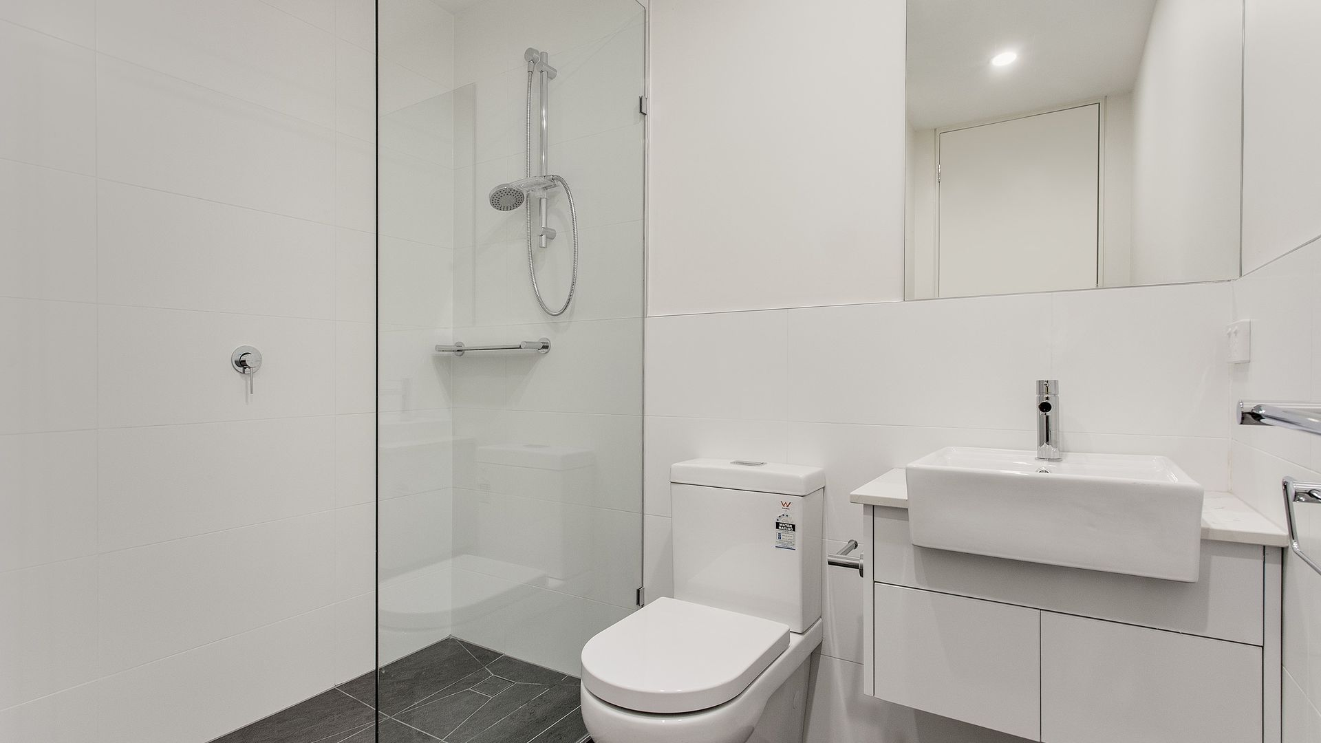 203/170 East Boundary Road,, Bentleigh East VIC 3165, Image 2