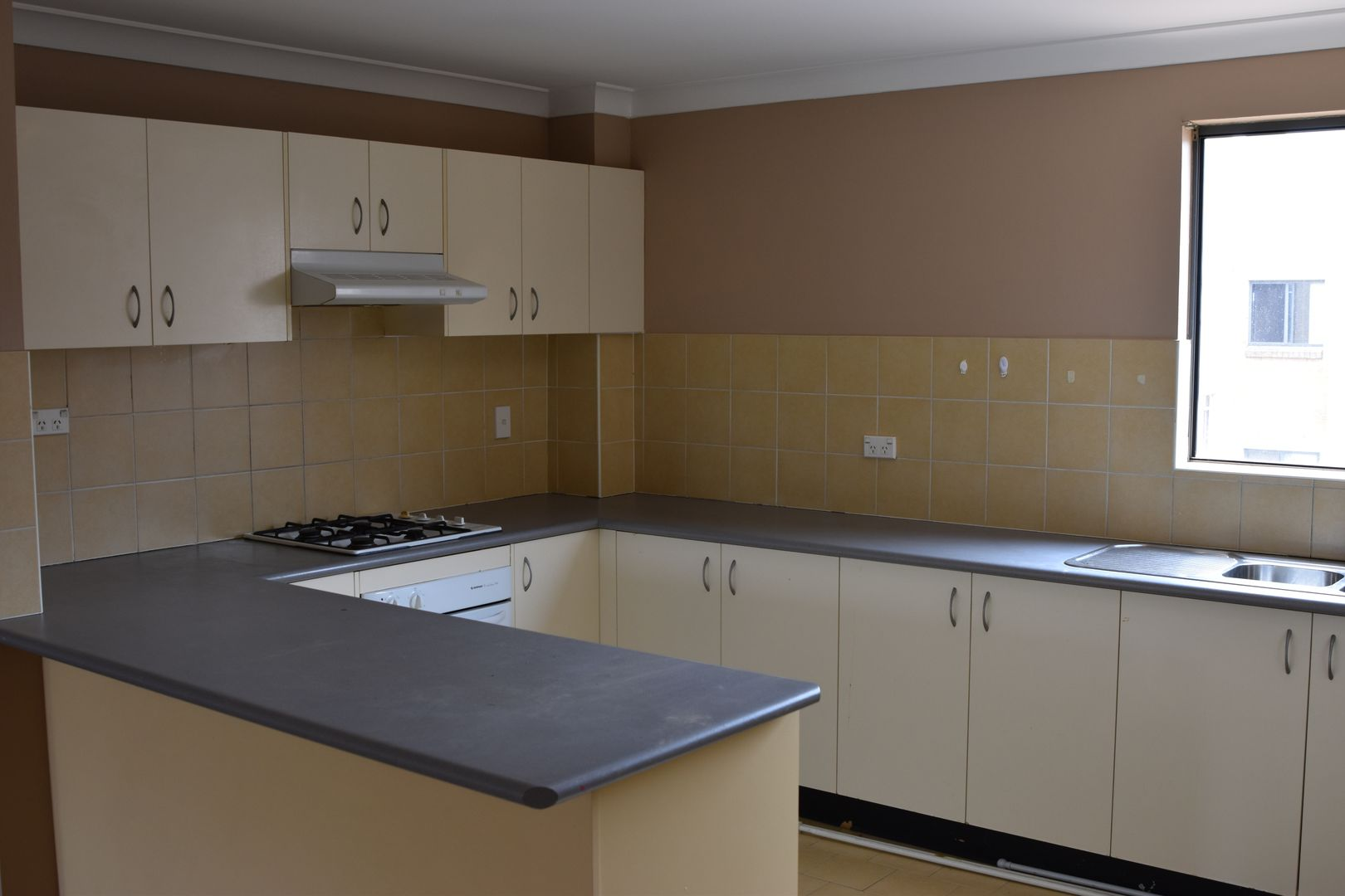 Unit 10/5 Fourth Ave, Blacktown NSW 2148, Image 2
