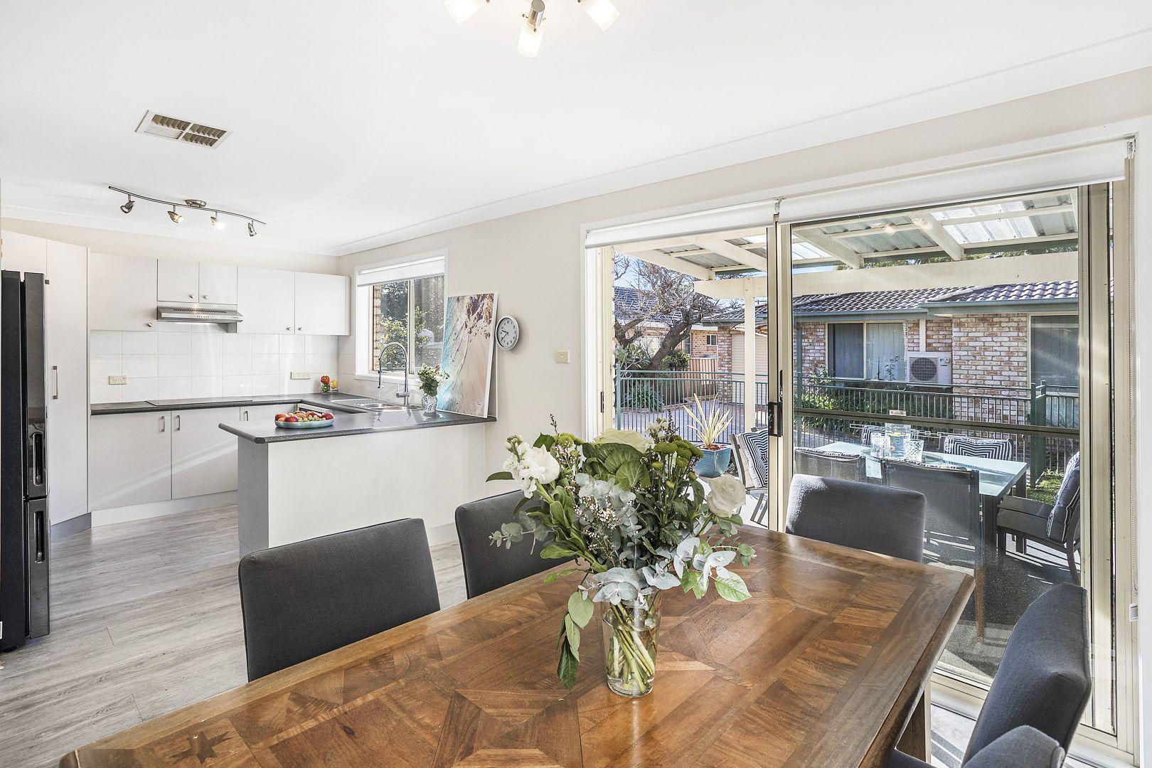 4 Warrington Avenue, Caringbah NSW 2229, Image 2