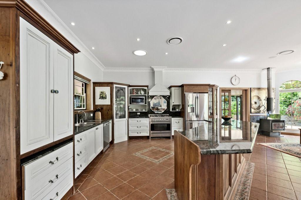 16 Glen Eden Court, Flaxton QLD 4560, Image 1