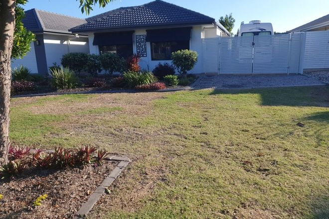 Picture of 43 Dunebean Dr, BANKSIA BEACH QLD 4507