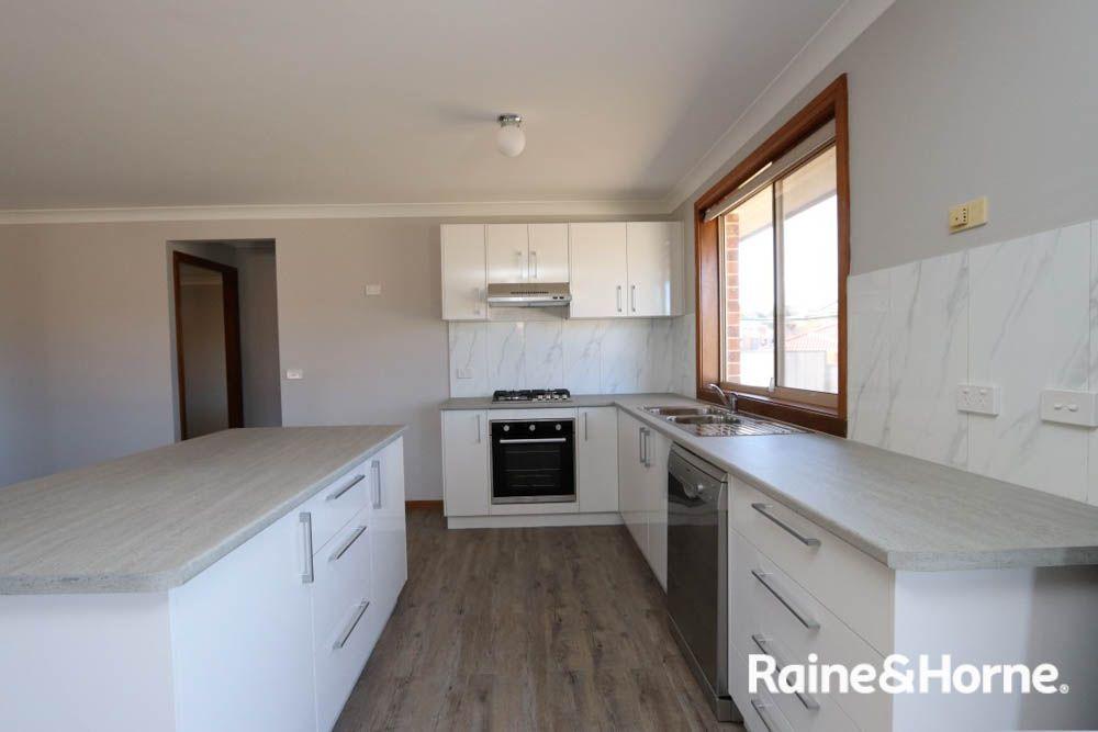 8 Burgess Place, Windradyne NSW 2795, Image 1