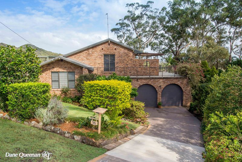 16 Bourne Boulevard, Nelson Bay NSW 2315, Image 2