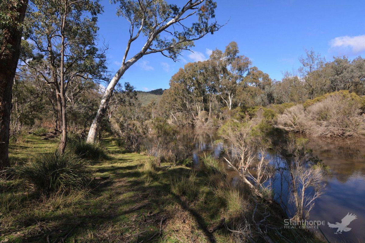921 Bents Road, Ballandean QLD 4382, Image 2