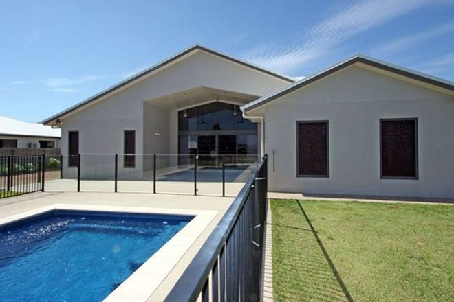 Picture of 24 Shoalmarra Drive, MOUNT LOW QLD 4818