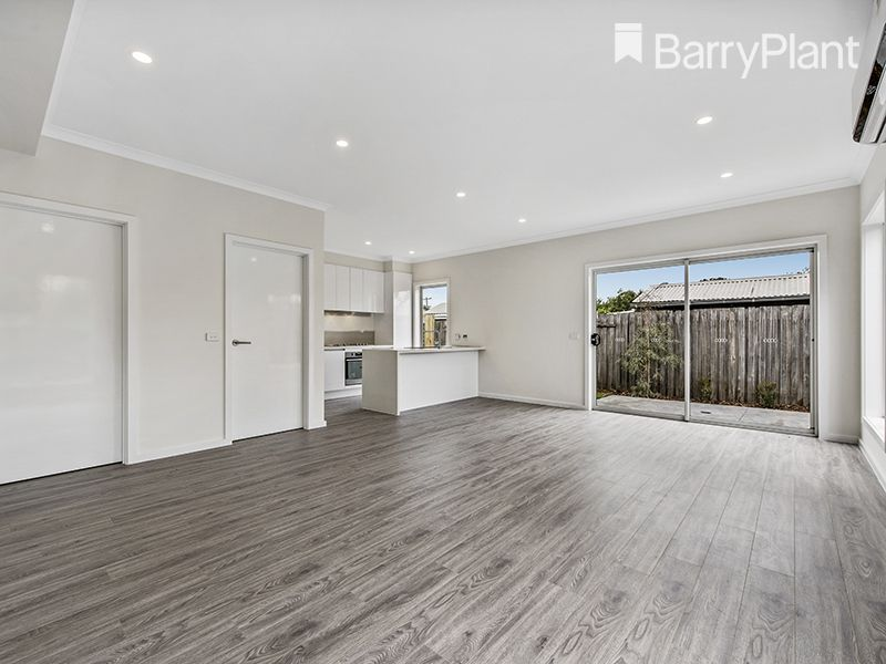 6/71 Sycamore Street, Hoppers Crossing VIC 3029, Image 2