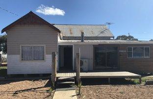 17 Yalcogran Street, Mendooran NSW 2842