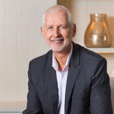 Rob Szosta, Principal / Licensed Real Estate Agent
