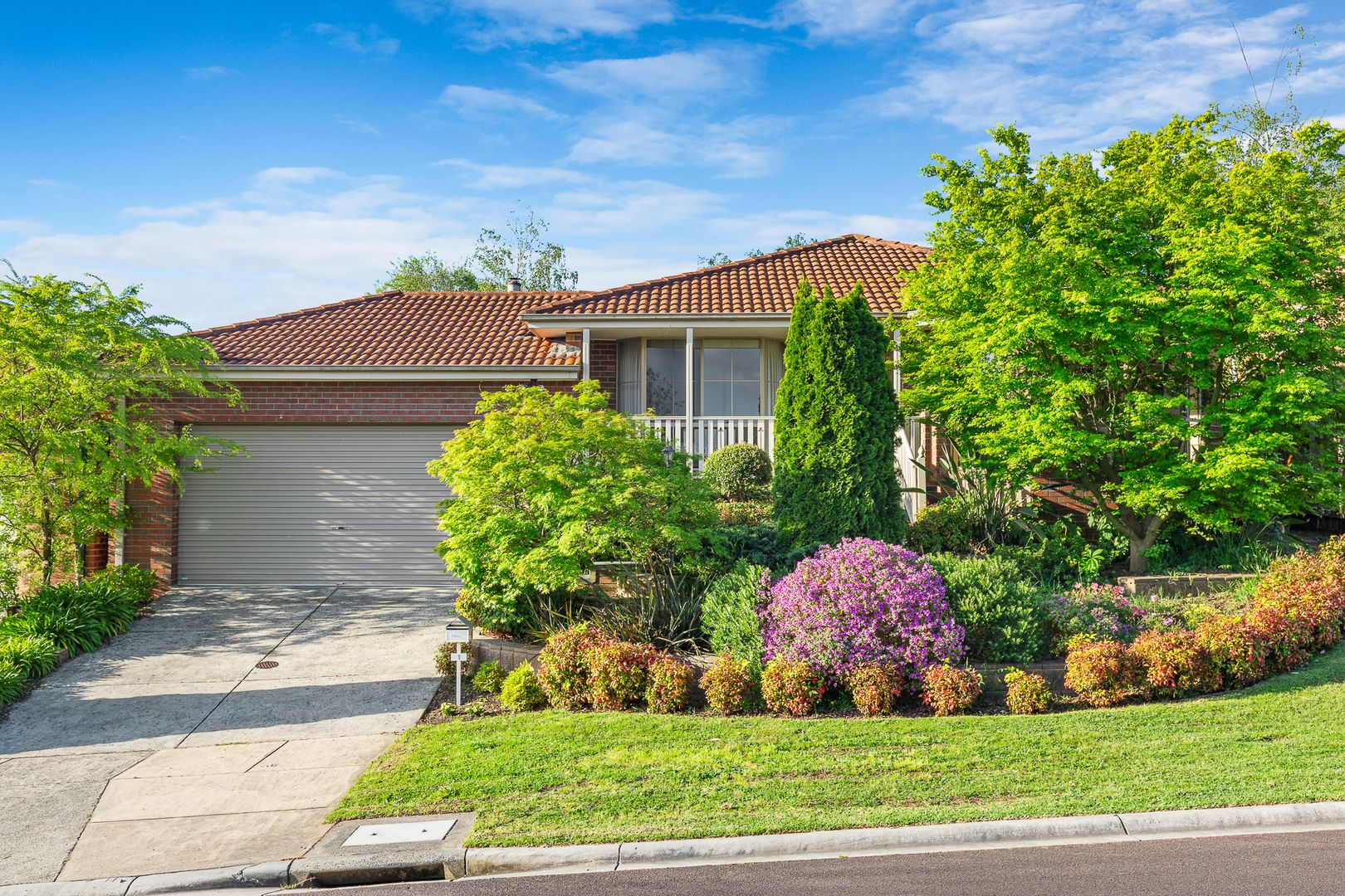 1 Hillview Place, Berwick VIC 3806, Image 0