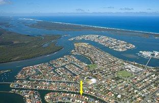 25 Seaspray St, Paradise Point QLD 4216