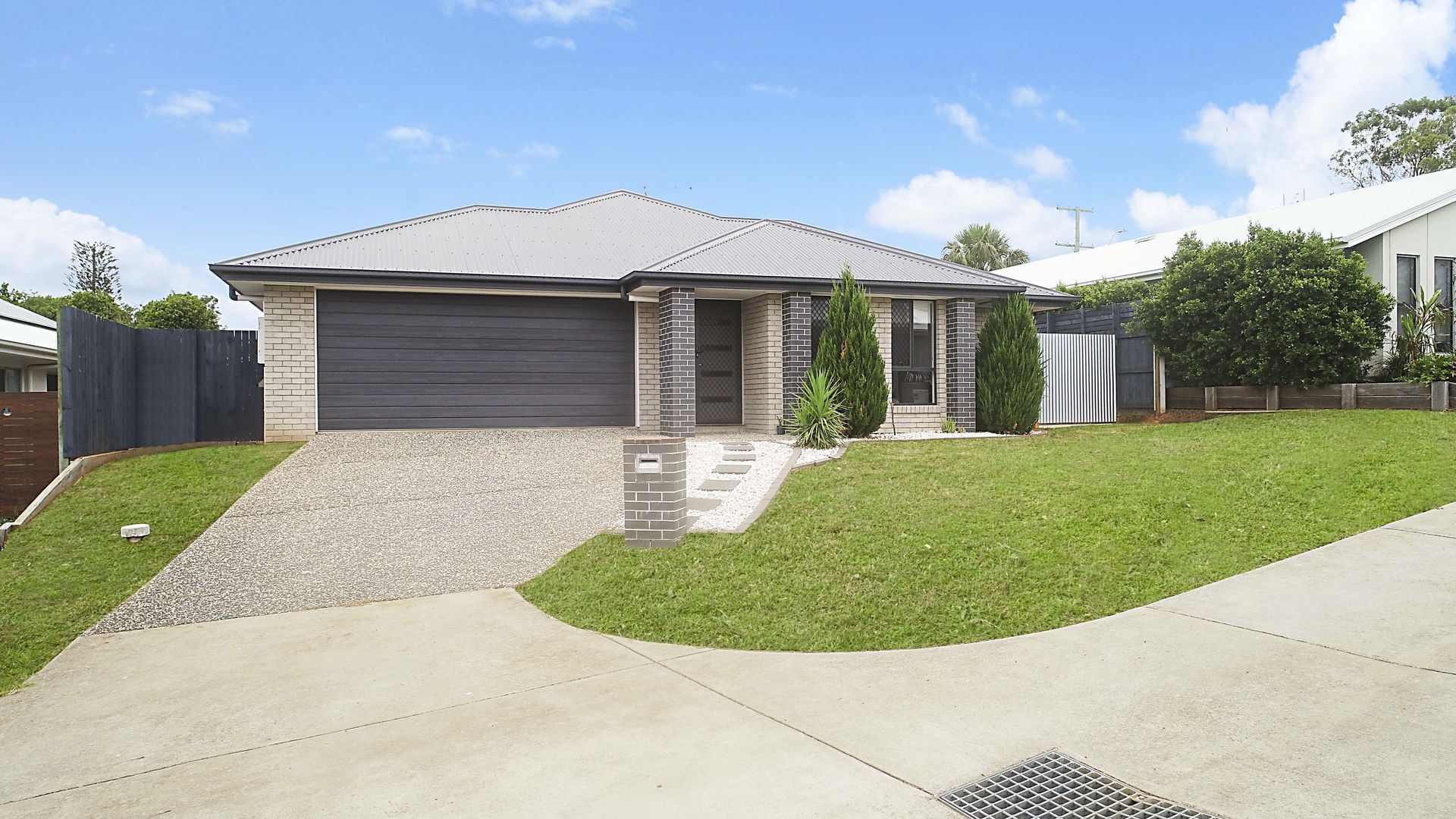 5 ROWLEY CLOSE, Glass House Mountains QLD 4518, Image 2