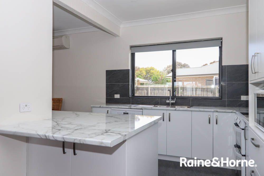 32 Vittoria Street, West Bathurst NSW 2795, Image 2
