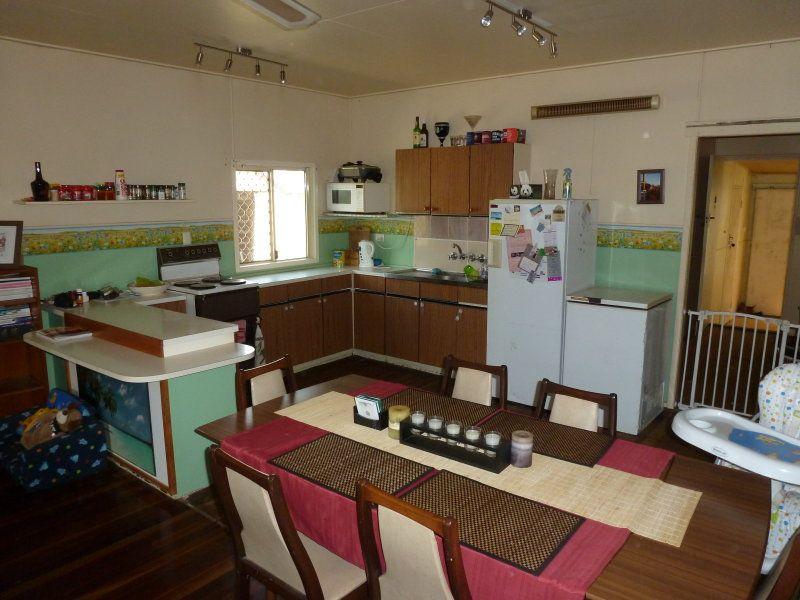 80 MORETON, Eidsvold QLD 4627, Image 1