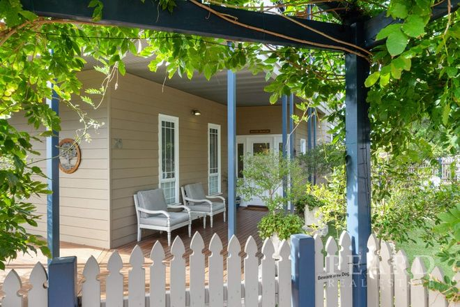 Picture of 21 Baillie Avenue, EAST VICTORIA PARK WA 6101