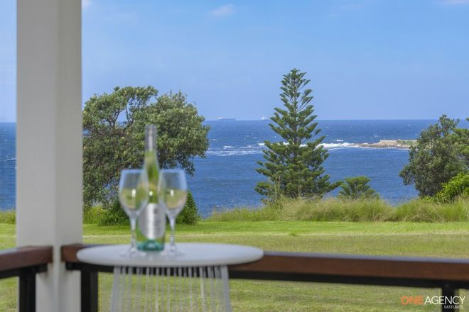 Picture of 5 The Esplanade, CAVES BEACH NSW 2281