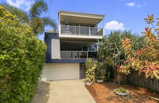 Picture of 70 Granada Street, Wynnum QLD 4178