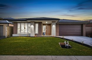 24 Clydevale Avenue, Clyde North VIC 3978