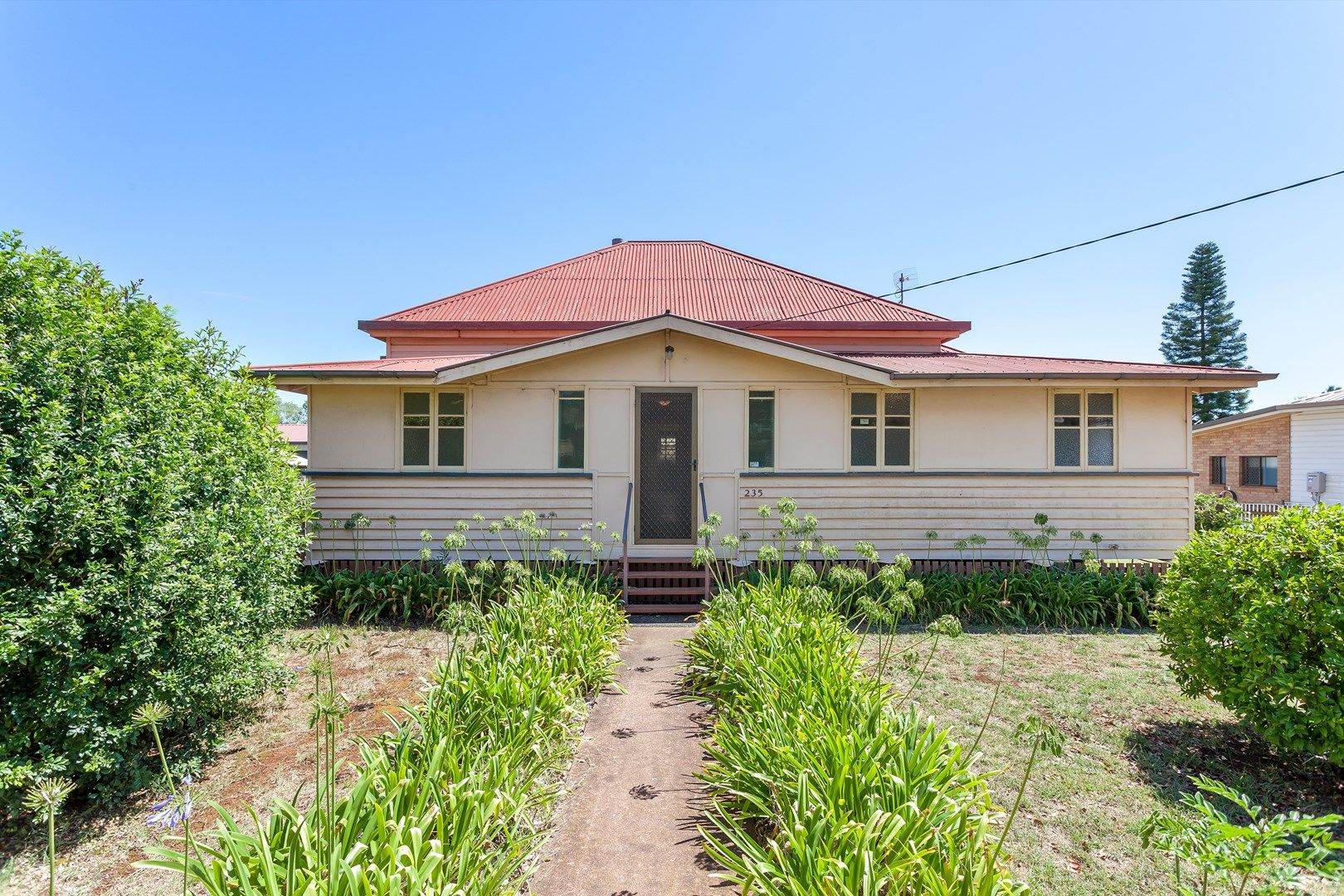 235 Russell Street, Newtown QLD 4350, Image 0