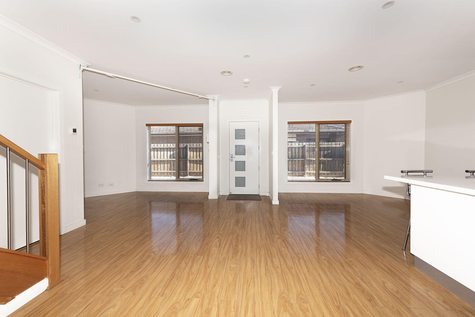 2/52 Eames Avenue, Brooklyn VIC 3012, Image 1