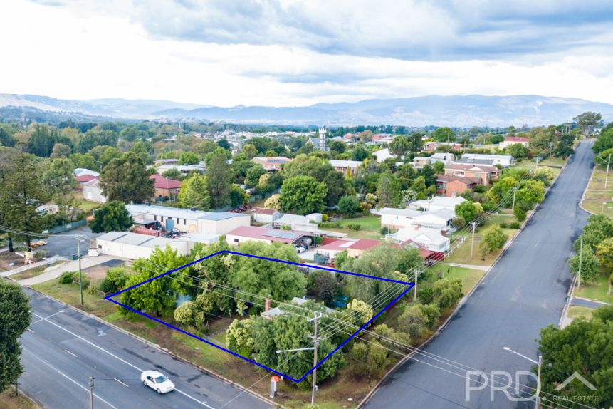 38 & 40 Adelong Road, Tumut NSW 2720, Image 0