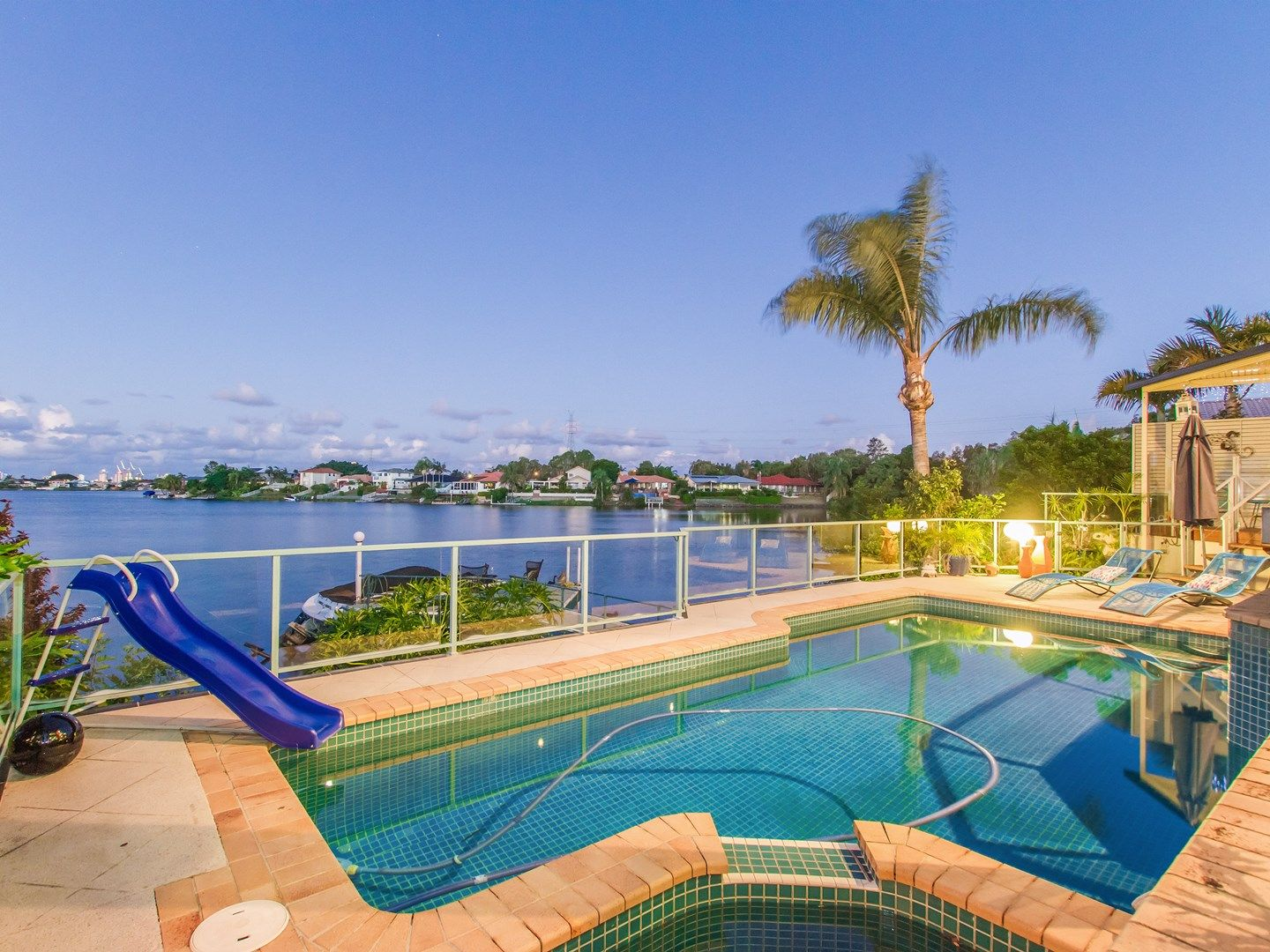 17 Clipper  Boulevard, Clear Island Waters QLD 4226, Image 0