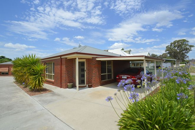 Picture of 2/9 Derby Road, MARYBOROUGH VIC 3465