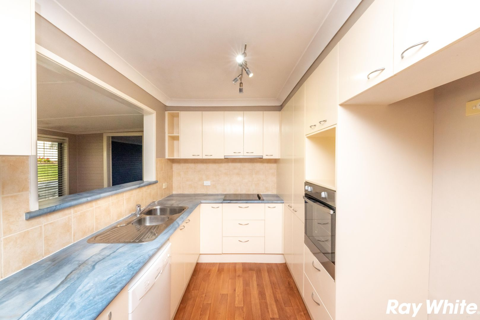 61 Seabreeze Pde, Green Point NSW 2428, Image 1
