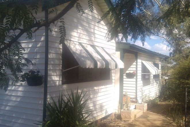 Picture of 15 Avon Road, NORTH YEOVAL NSW 2868