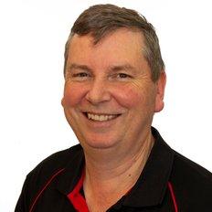 Neil Giles, Principal