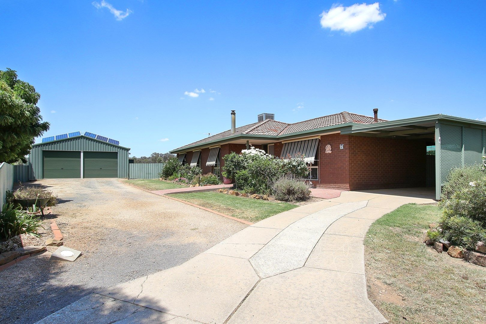 6 Campbell Court, Burrumbuttock NSW 2642, Image 0