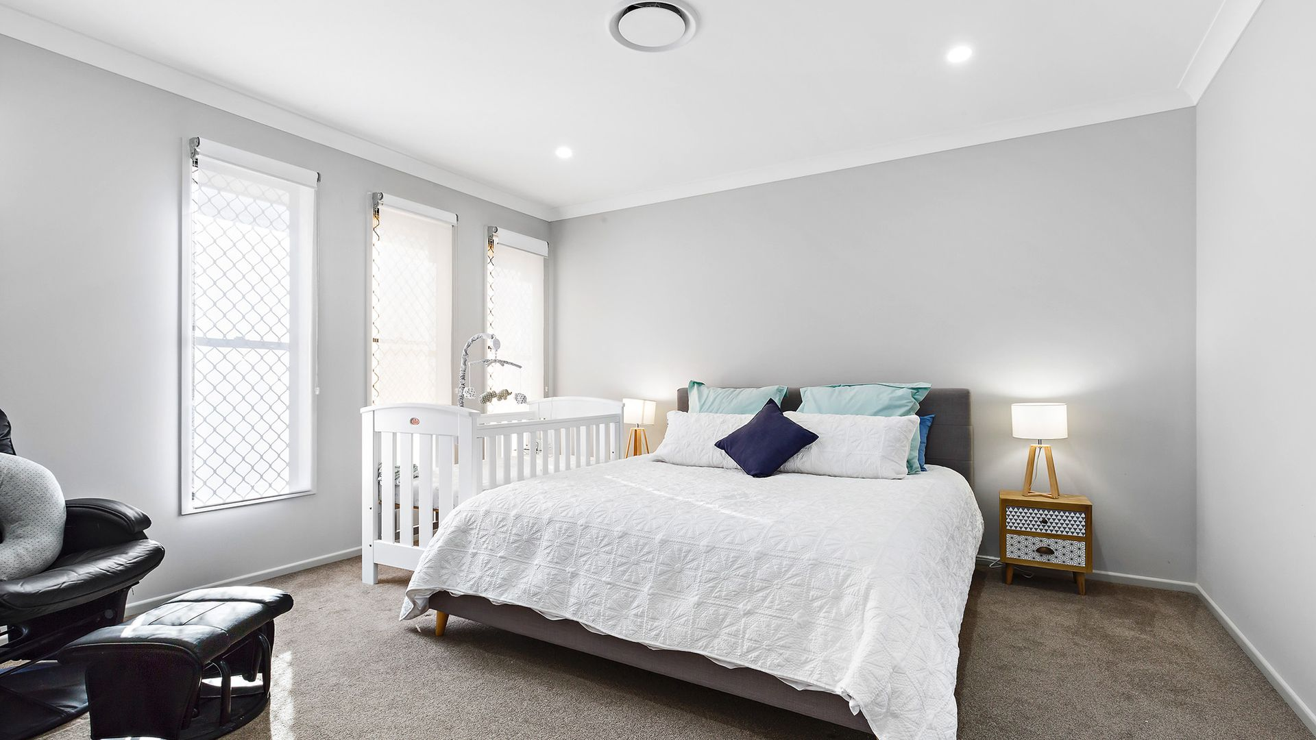 9 Wakefield Crescent, Kensington Grove QLD 4341, Image 2