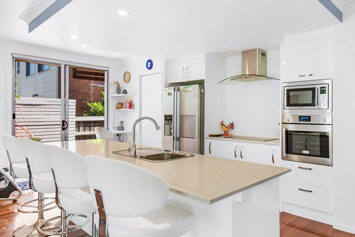 59 Palmer Avenue, Golden Beach QLD 4551, Image 2