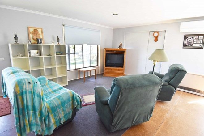 Picture of 25 Wards Roads, NEWTOWN VIC 3351