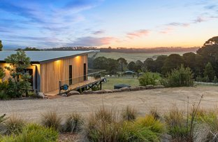 Picture of 74 Shoreham Road, Red Hill VIC 3937