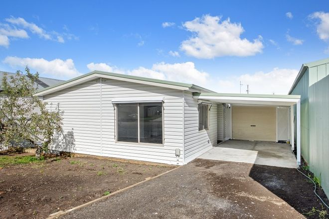 Picture of 96 Pasco Street, CRESWICK VIC 3363