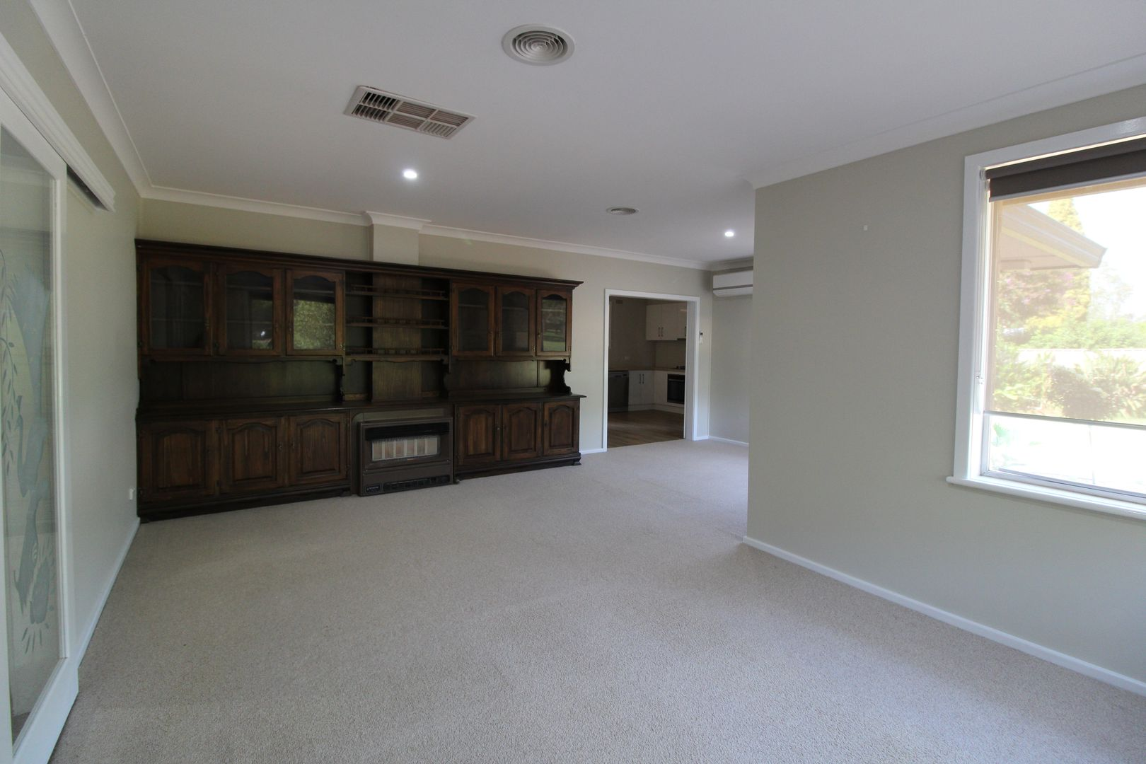 71 Blumer Avenue, Griffith NSW 2680, Image 2
