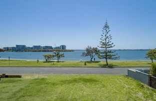 Picture of 26 James Cook Esplanade, Hollywell QLD 4216