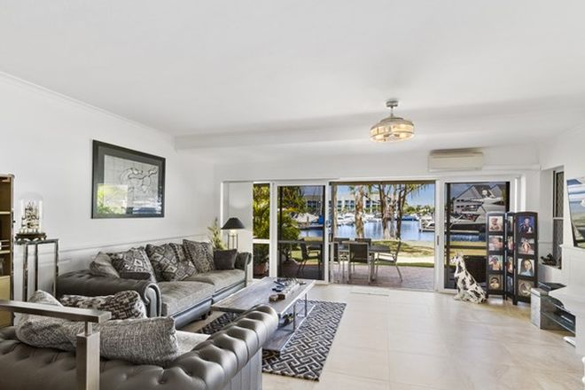 Picture of 2/3 Marina Crescent, HOLLYWELL QLD 4216
