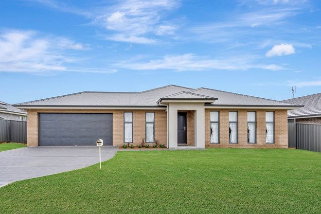 Picture of 10 Grevillea Street, CLIFTLEIGH NSW 2321
