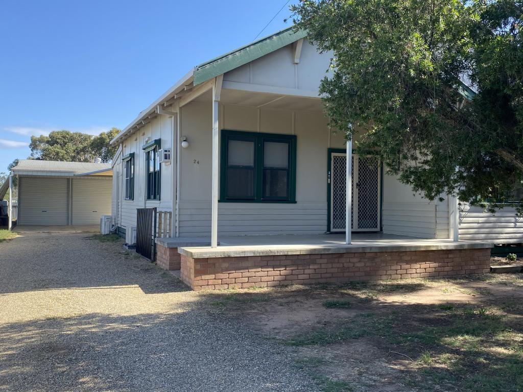 24 Momalong Street, Berrigan NSW 2712, Image 0