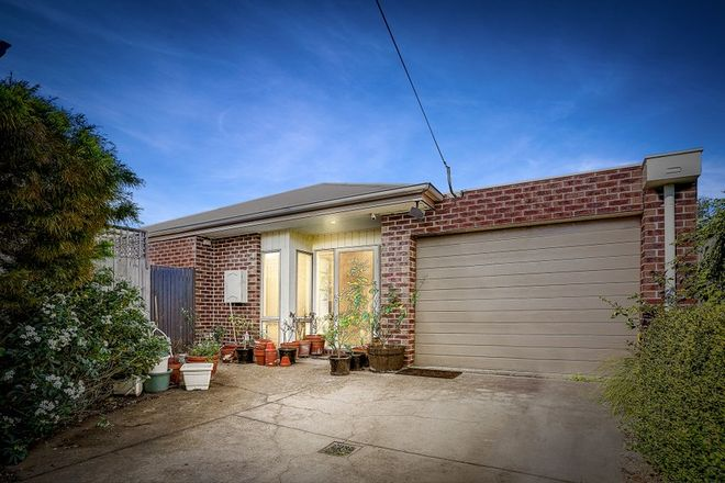 Picture of 16 Robb Street, SPOTSWOOD VIC 3015