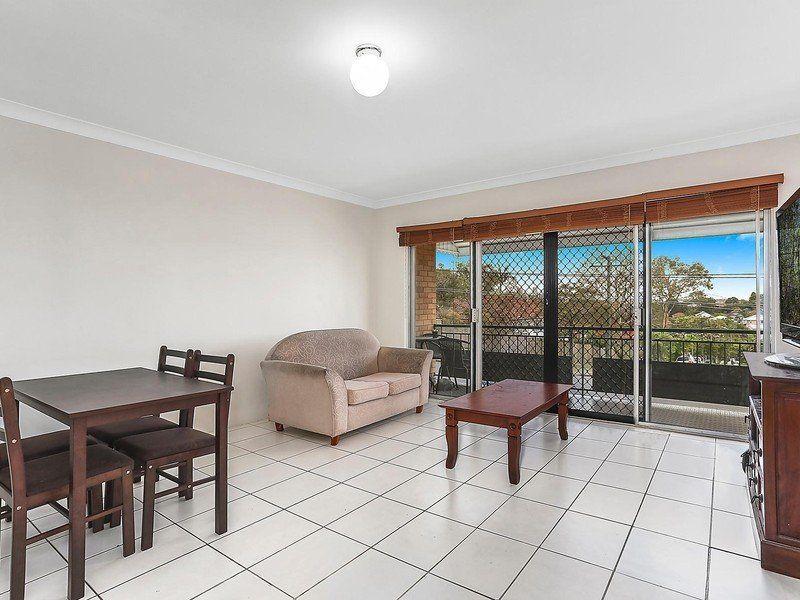 2/117 Chatsworth Road, Coorparoo QLD 4151, Image 2